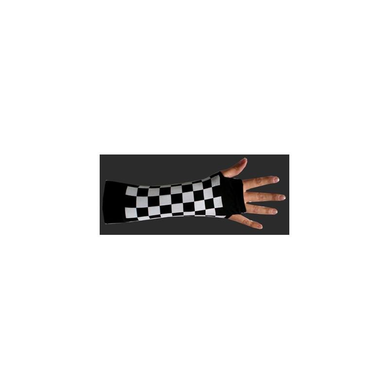 Manicotto scacchi bianco e nero flash srl - Tappeto bianco e nero ...