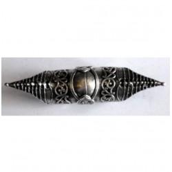 anello articolato lungo decorato con due punte